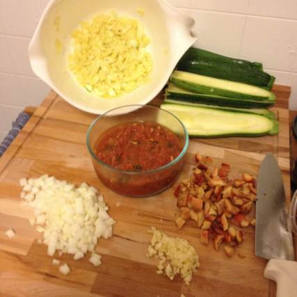 The mise en place is placed.