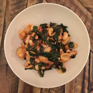 Kale & White Bean Ragout with Pasta